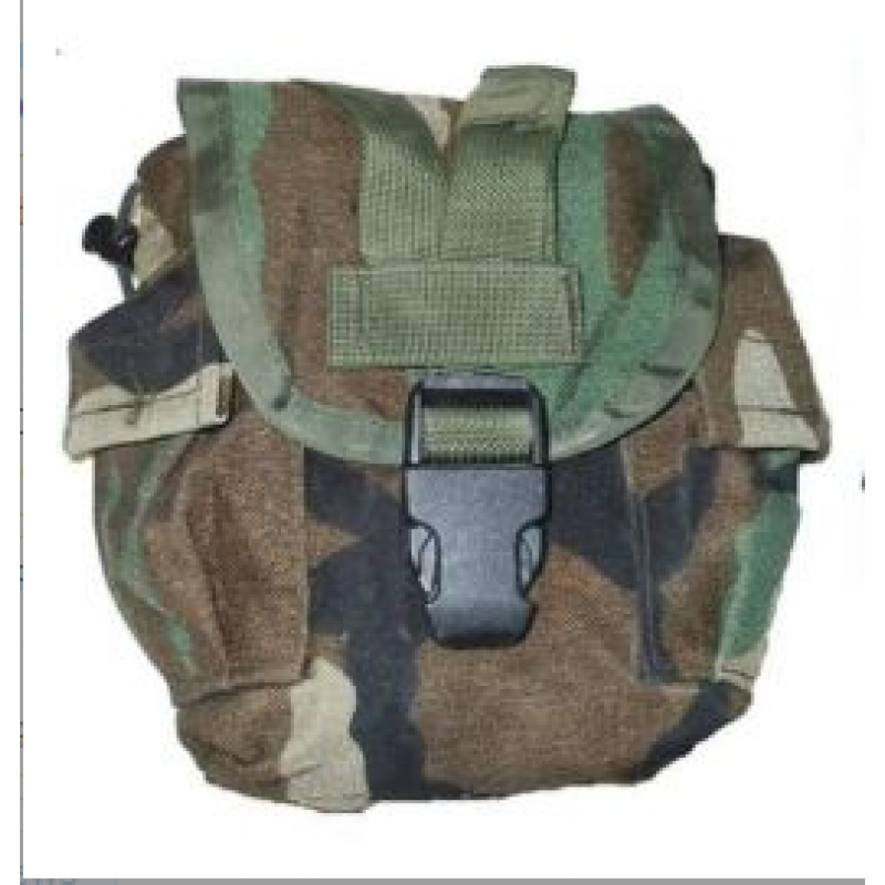 Polní lahev US - Canteen Carrier Pouch Woodland
